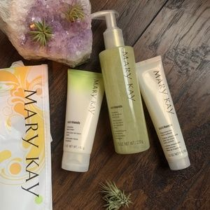 Honeydew Satin Hands Set, Mary Kay cream lotion